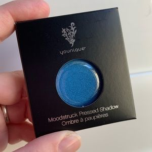 Younique Pressed Shadow - Thankful